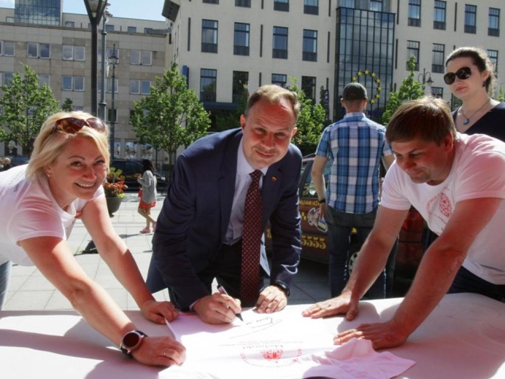 Neatlygintinos kraujo donorystės turas žygiuoja per Lietuvą
