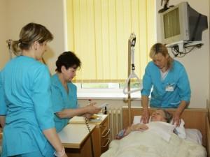 Šiaulių ilgalaikio gydymo ir geriatrijos centro darbuotojai prikelia naujam gyvenimui