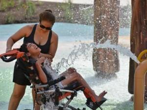 JAV veikia vandens parkas neįgaliems vaikams