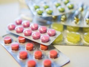"""Ministras: """"Lengvatinis PVM tarifas receptiniams nekompensuojamiems vaistams leis dar sumažinti jų kainas"""""""