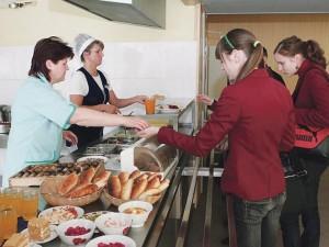 Ilgesnė pietų pertrauka gali sukelti problemų