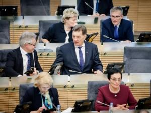"""Seimo socialdemokratai sudarys koaliciją su """"valstiečių"""" frakcija"""