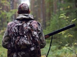 Specialistai įspėja medžiotojus būti budrius