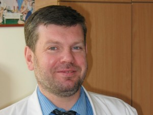 """Doc. dr. E.Čekanauskas: """"Bendraudamas su vaiku pats turi šiek tiek juo tapti"""""""