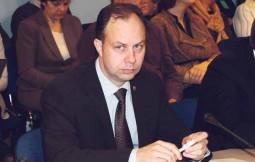 Ministras A.Veryga vaistininkų prašo nemanipuliuoti