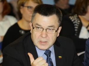 Antano Matulas sveikatos apsaugos ministro prašo kuo skubiau spręsti problemą dėl vaistų