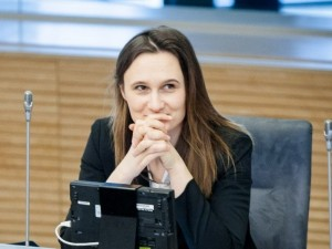 Pagalbinio apvaisinimo įstatymo projektas sugrįžta į Seimo posėdžių salę
