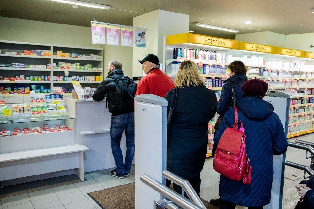 SAM: vaistininkai kartais be reikalo prašo receptų nereceptiniams vaistams