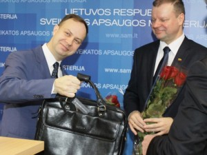 Sudarė ministro nuodėmių sąrašą: klausimai A.Verygai – jau ant stalo