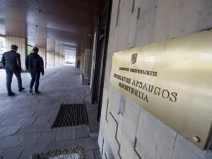 Smunkant reitingams Sveikatos apsaugos ministerija perka krizių komunikacijos paslaugas