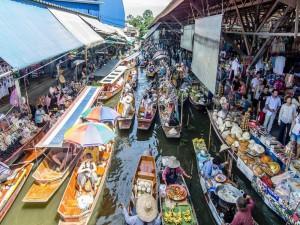 Plaukiojantys Azijos turgūs