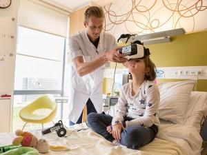 Virtuali realybė keičia medicinos veidą
