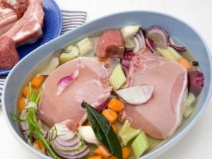 Mėsos marinavimas: dvi dienas ar dvi valandas?