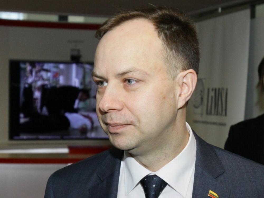 Seimas balsuos dėl interpeliacijos sveikatos apsaugos ministrui Aurelijui Verygai