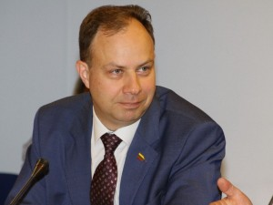 Seimas uždegė žalią šviesą sveikatos apsaugos ministrui dirbti toliau