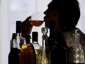 Gydymo įstaigos nuo kitos vasaros pacientams galės atlikti alkoholio vartojimo testą