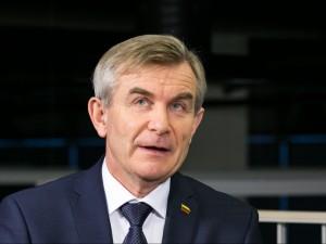 Viktoras Pranckietis: svarstoma galimybė rezidentų algas sujungti su stipendijomis
