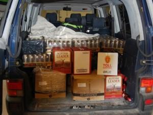 Tyrimai: daugėja šešėlio alkoholio ir cigarečių rinkose