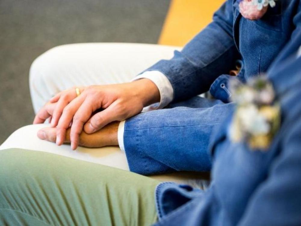 Tyrimas: Lietuvos gyventojai švelnina požiūrį į vienos lyties asmenų santuoką ir partnerystę