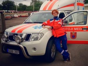 Paramedikai nustumti į šoną - padavėjai uždirba daugiau