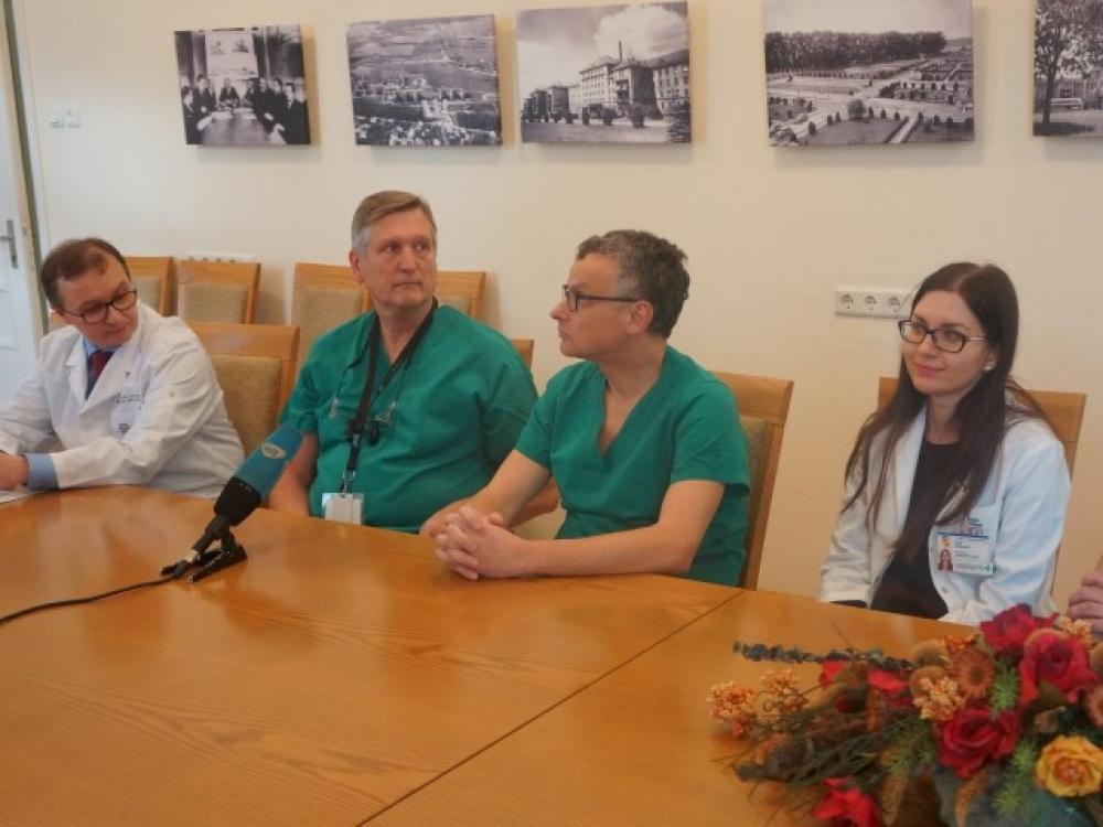 Kauno klinikose atliktas pirmasis mitralinio vožtuvo protezavimas neatveriant krūtinės ląstos