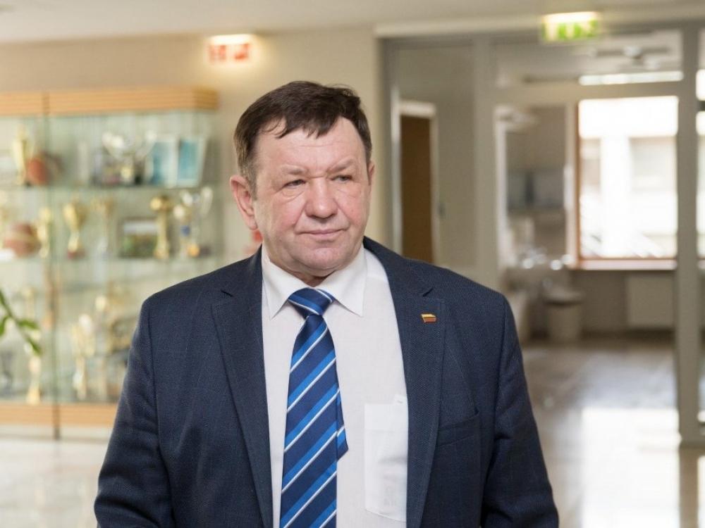 Vaiko priežiūros atostogų negavęs K. Pūkas prašo bylos Seimo pirmininkui
