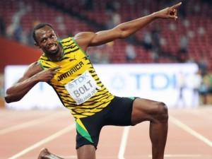 Ar Usainas Boltas lenktynes laimėdavo nepaisant trumpesnės kojos ar jos padedamas?