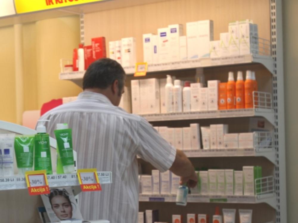 Lietuvos gyventojai vis dažniau kosmetiką ir higienos prekes perka vaistinėse