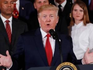 Donaldo Trumpo kovos su opiatais plane minima mirties bausmė narkotikų kontrabandininkams