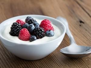 Gamintojai cukraus kiekį pieno produktuose mažins pamažu