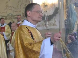 """Kunigas Žilvinas Treinys: """"Palinkėsiu nebėgti nuo savo gyvenimo kryžiaus"""""""