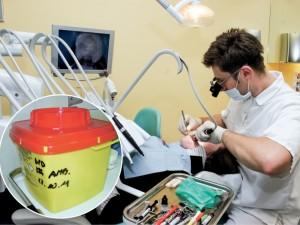Odontologai sumišę: reikės samdyti atliekų administratorių