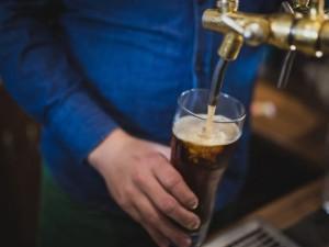Daugelio šalių rekomendacijos dėl alkoholio gali būti netinkamos, rodo tyrimas