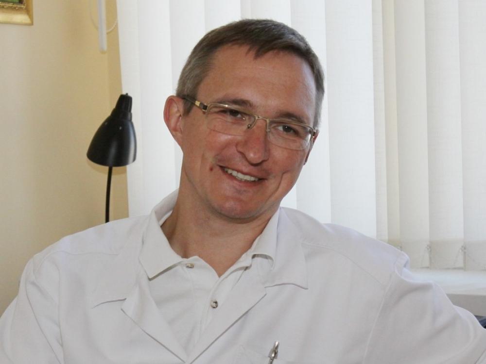 """Prof. Tomas Poškus: """"Chirurgija - ne itin dėkinga gyvenimo būdui specialybė"""""""