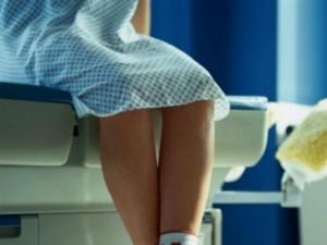 Už moterų genitalijų filmavimą privalės sumokėti milijoninę kompensaciją