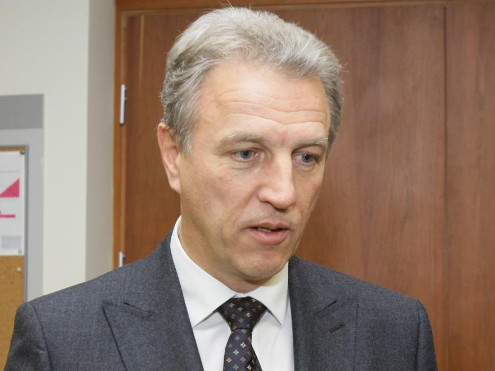 Prokuratūra laikinai apribojo teisę Strupams disponuoti turtu