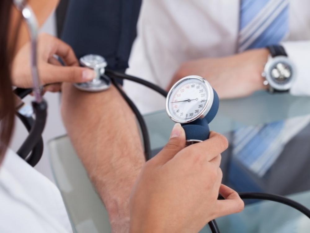 koma su hipertenzija