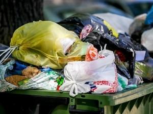 Skatinimas rūšiuoti atliekas atsisuko kitu galu?