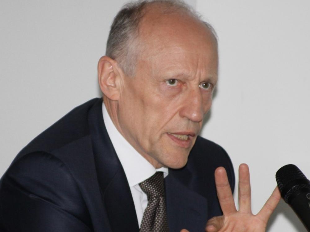 A.Sasnauskas grįžo į VLK, bet įstaigai vadovauja J.Sabalienė