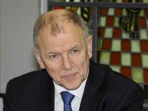 """Europos komisaras: nesusirkite """"tulpių"""" liga"""