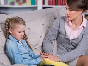 Vaikų apklausoms nutarta ieškoti daugiau psichologų
