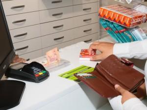 Konkurencijos taryba tiria vaistinių kainas bei susijusius įkainius