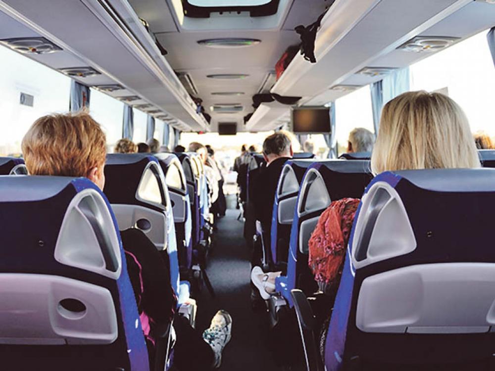 Mityba keliaujant autobusu
