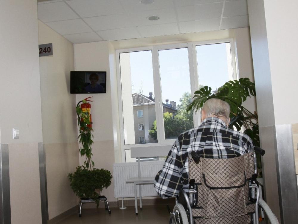 Nuo kitų metų turėtų didėti paliatyvios slaugos lovų skaičių