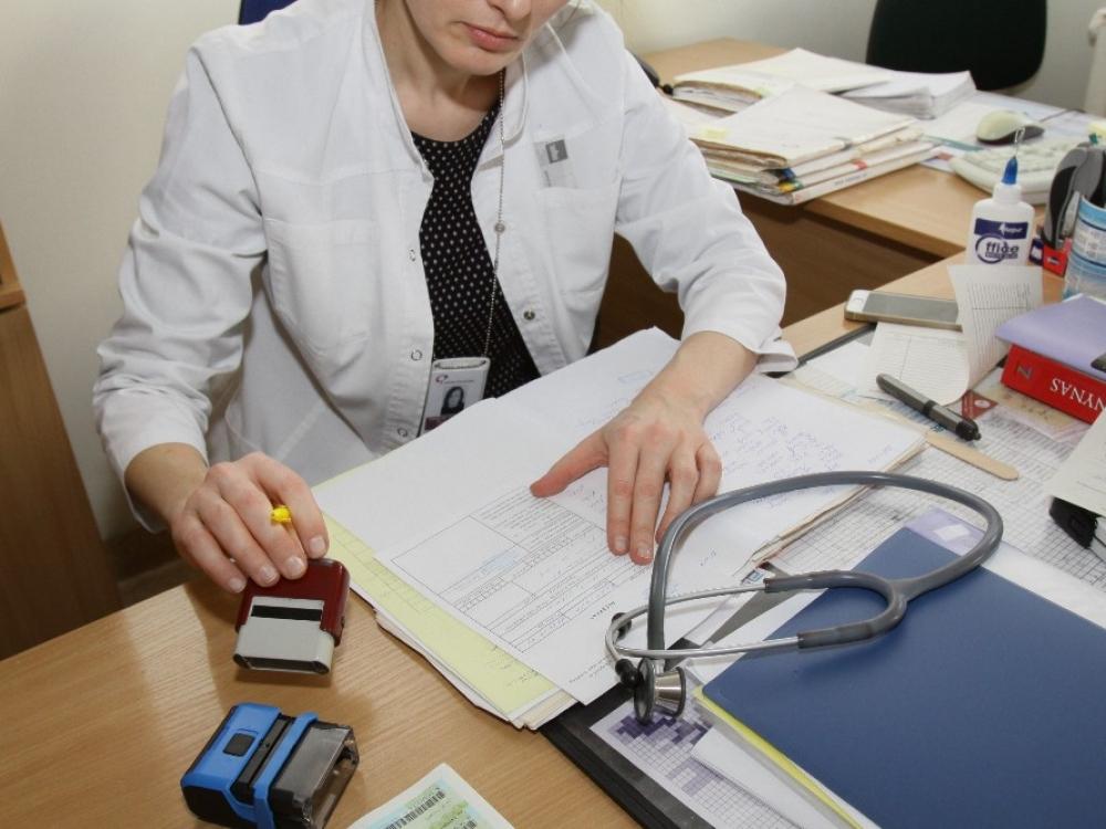 Medikų sąjūdis: gydytojas – ne buhalteris