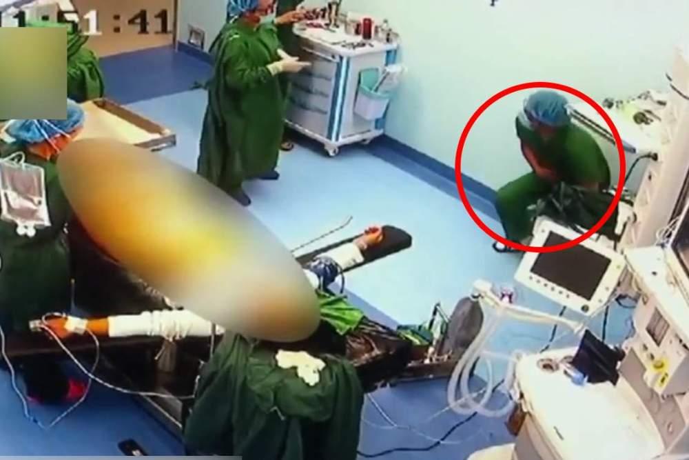 Chirurgas operavo suriestas skausmų