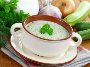 Virtuvės mados viršūnėje – šaltos sriubos