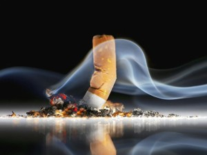 Tabakas žudo, net jei nerūkote