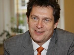 """Prof. Algirdas Utkus: """"Demokratinėje šalyje nieko negalime sulaikyti per prievartą"""""""