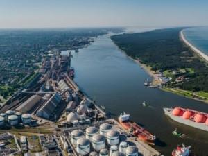 Užterštumas Klaipėdoje normų neviršija, bet gyventojai nebetveria nuo smarvės